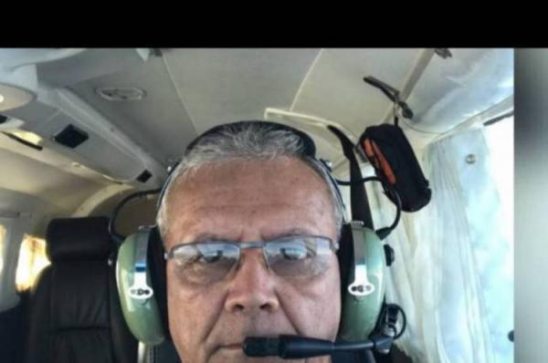 Paulo César Magalhães Costa tinha mais de 40 anos de experiência em aviação (Foto: Via WhatsApp O POVO)