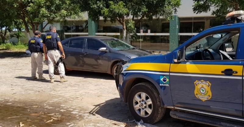 PRF recupera veículo de luxo na BR 343 em Piripiri, que havia sido tomado de assalto horas antes em Timon/MA