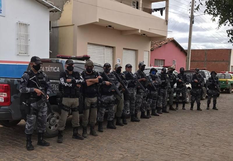 Operação da Polícia apreende arma e prende homem suspeito de tráfico no Piauí